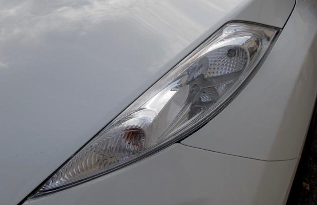 car headlights in Arles