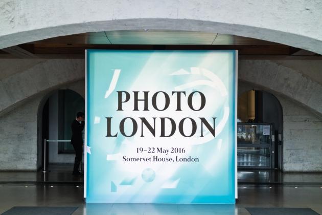 04-20160520-Photo London signage-2973