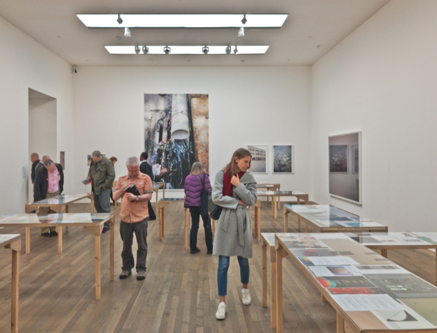 09-Tilmanns 2017 tables in gallery-20170506-London-4789