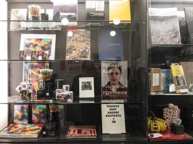 16-Thomas Ruff exhibition The Whitechapel Gallery-7360-20180113