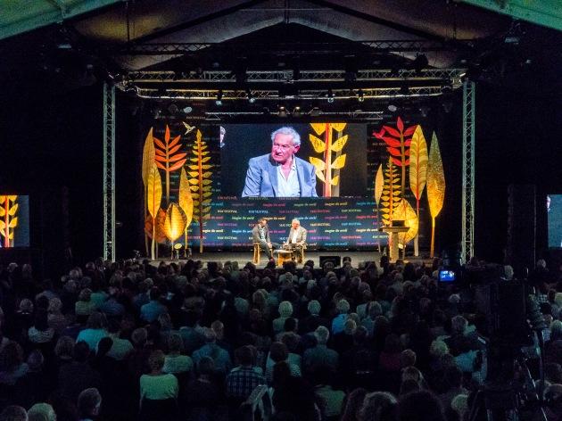AMANO-Simon Schama on stage-20180528-Bristol-8390
